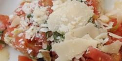 Parmezános-paradicsomos bruschetta
