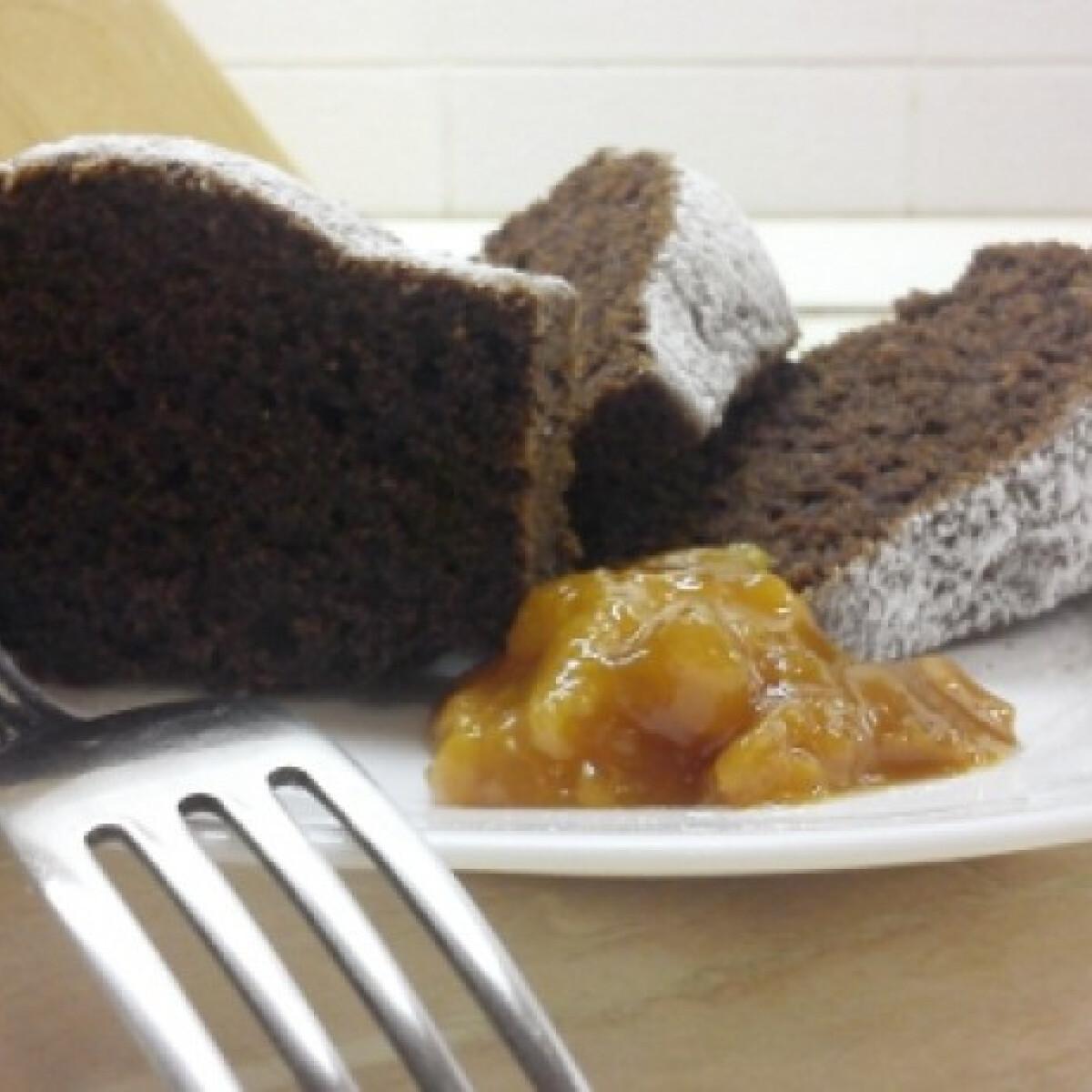 Ezen a képen: Mandarinos-kakaós kuglóf