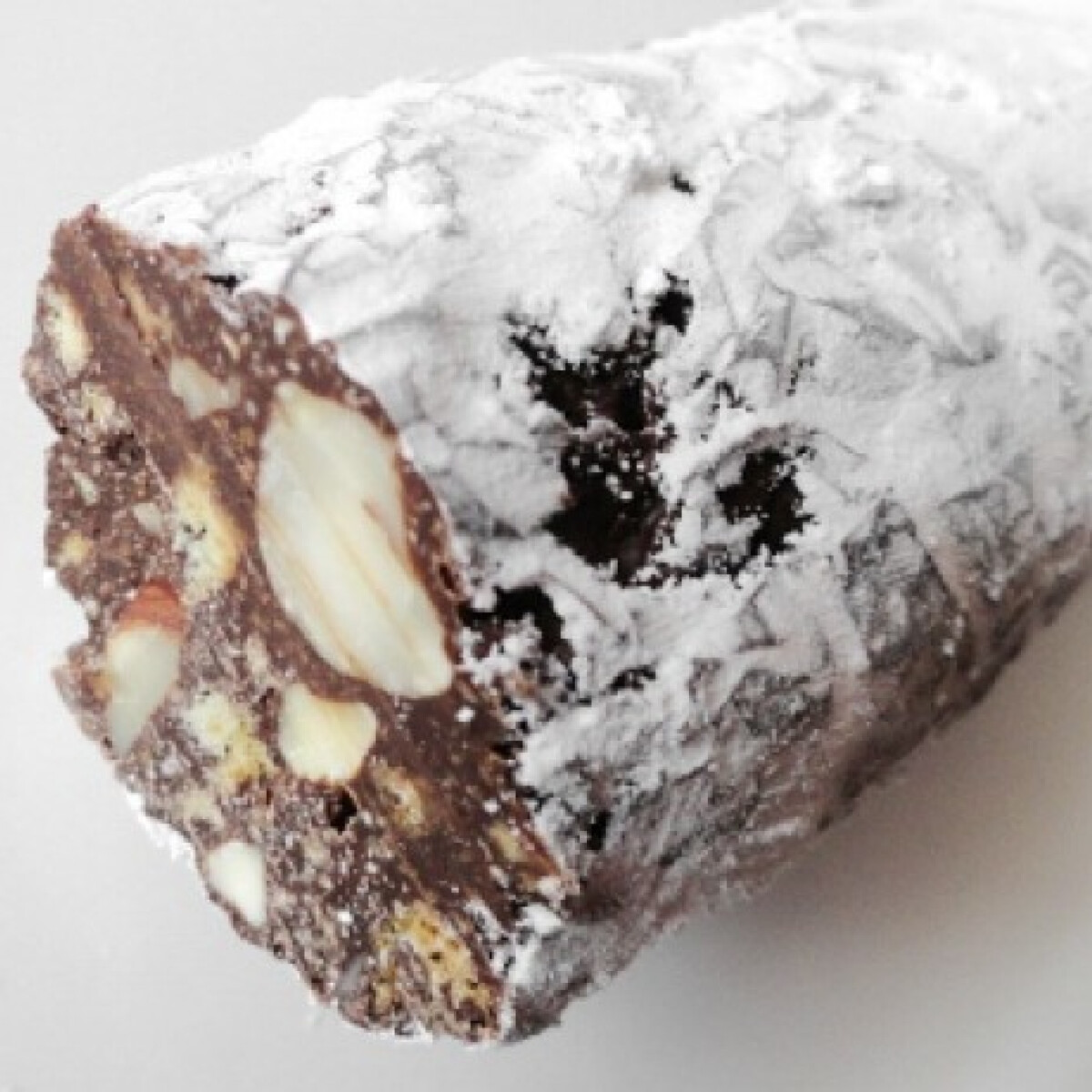 Ezen a képen: Csokoládészalámi Glaser konyhájából
