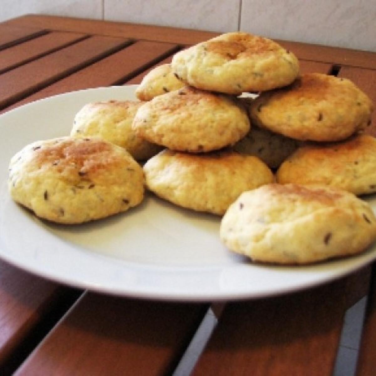 Ezen a képen: Köményes keksz
