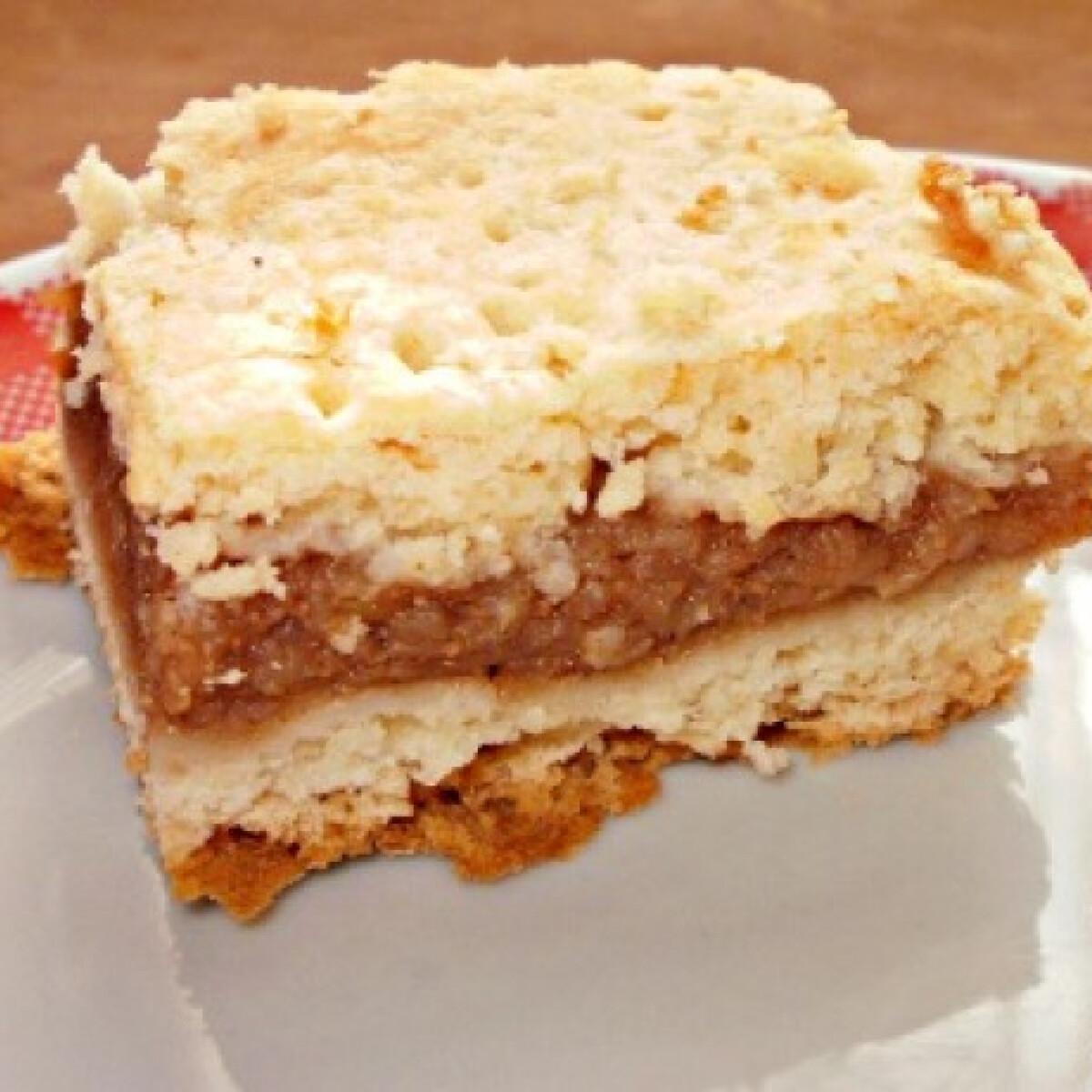 Ezen a képen: Almás lepény Malacka konyhájából