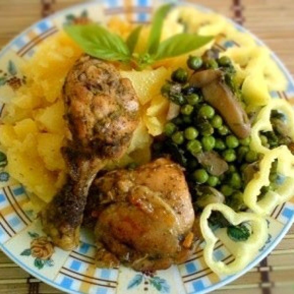 Ezen a képen: Csirkecombok olaszos-kínais szószban
