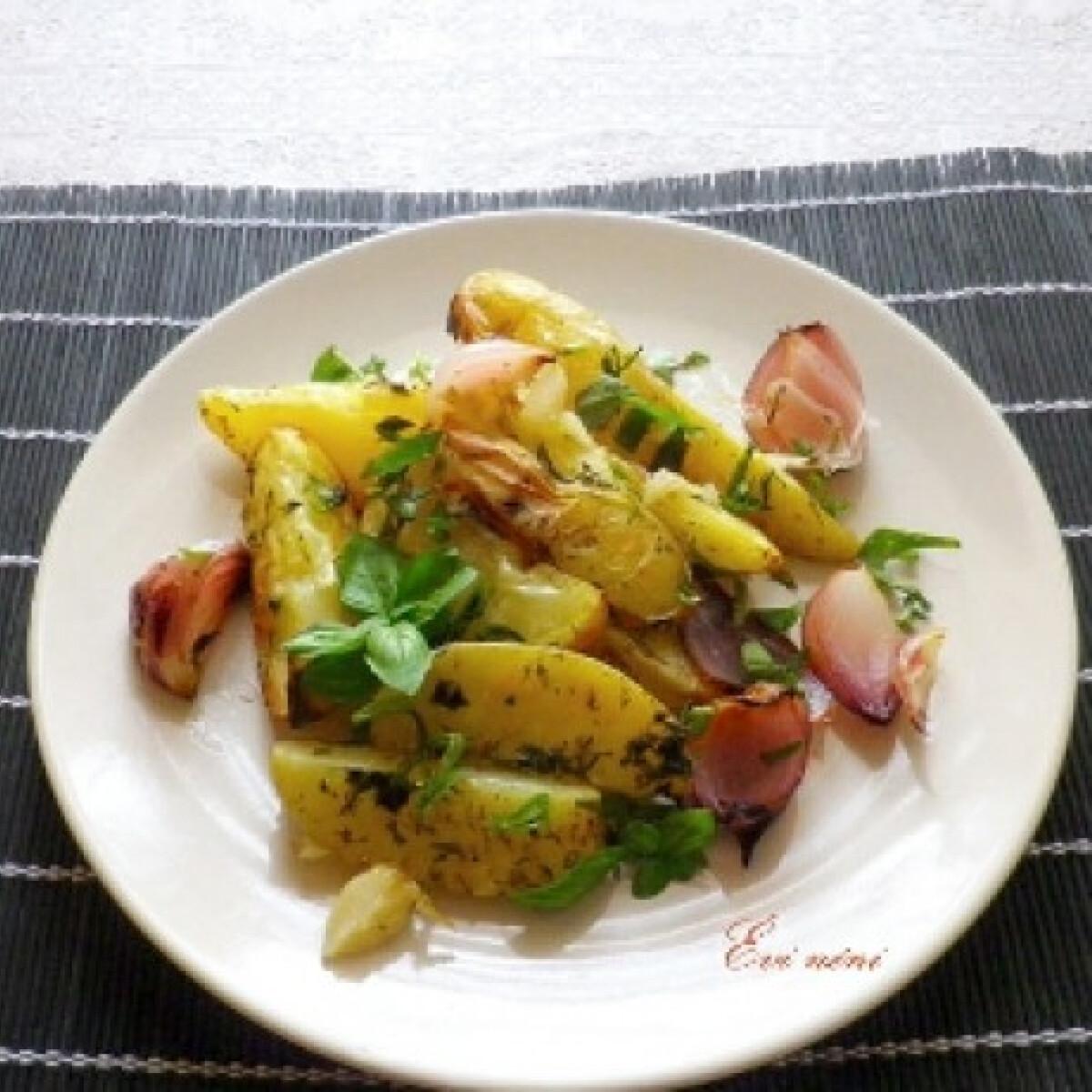 Ezen a képen: Sokfűszeres sült krumpli