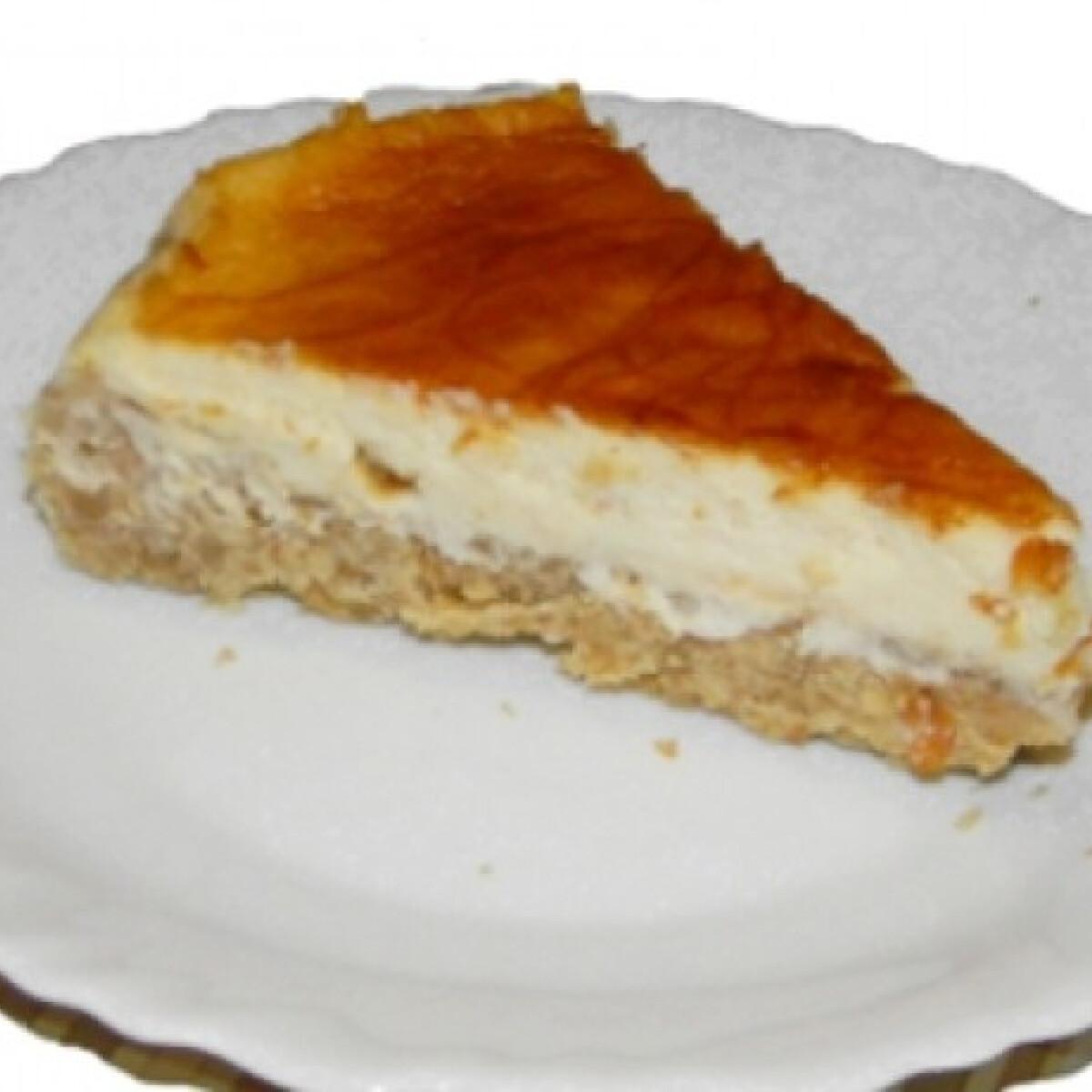 Ezen a képen: Karamellás sajttorta