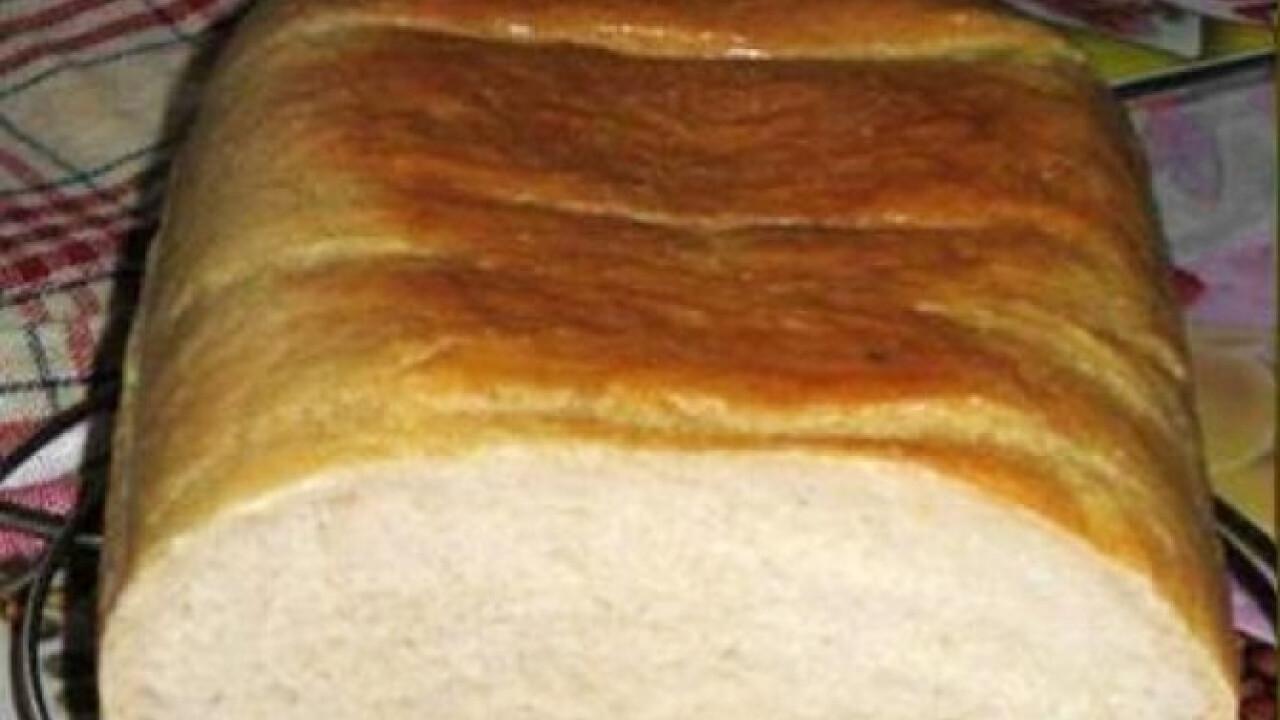 Fehér kenyér Heni konyhájából