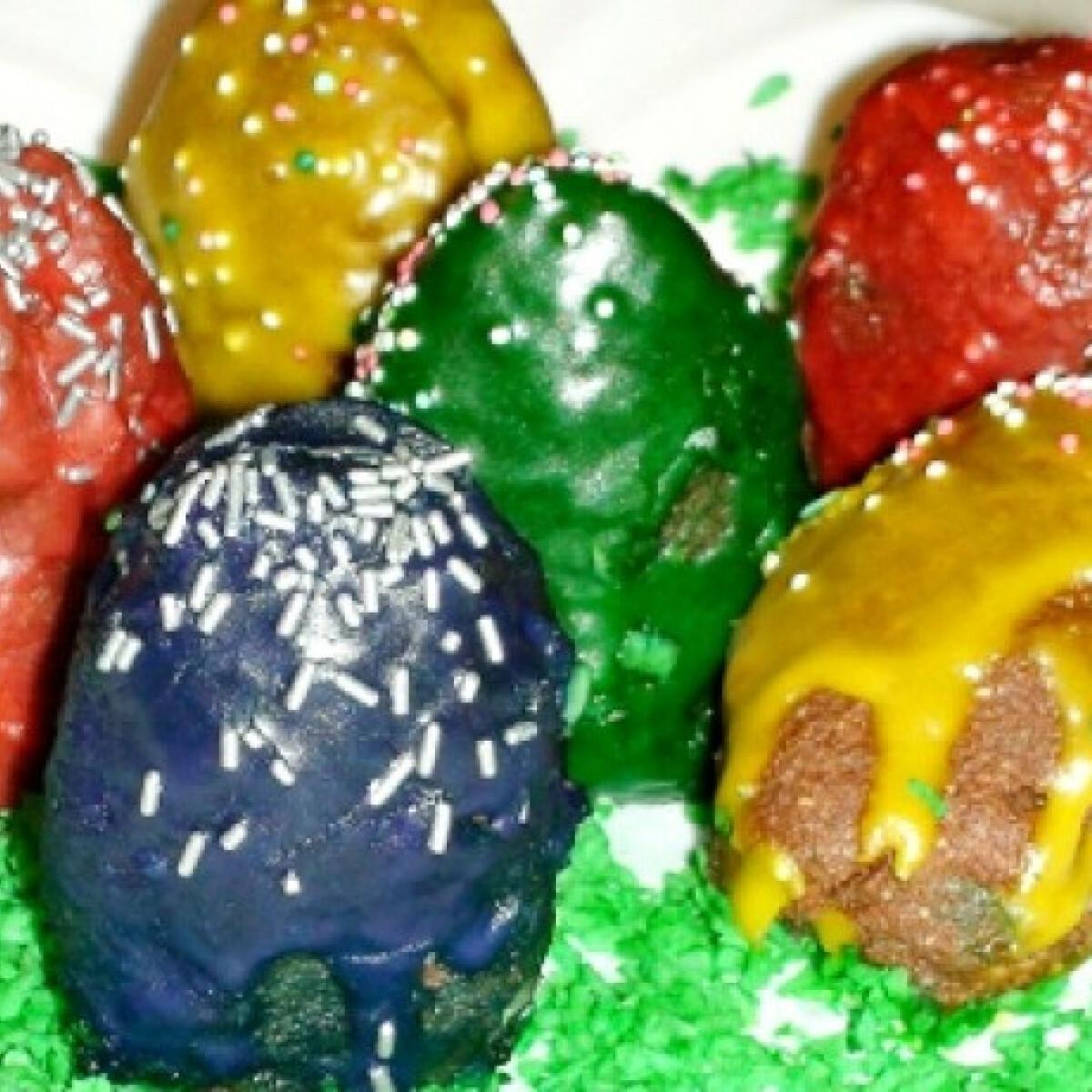 Ezen a képen: Húsvéti tojás sütik