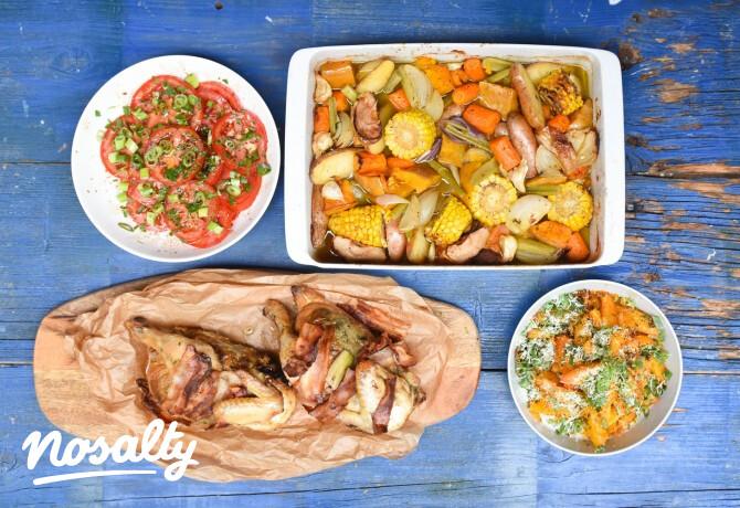Ezen a képen: Sült csirke zöldségekkel, parmezános burgonyával, paradicsomsalátával