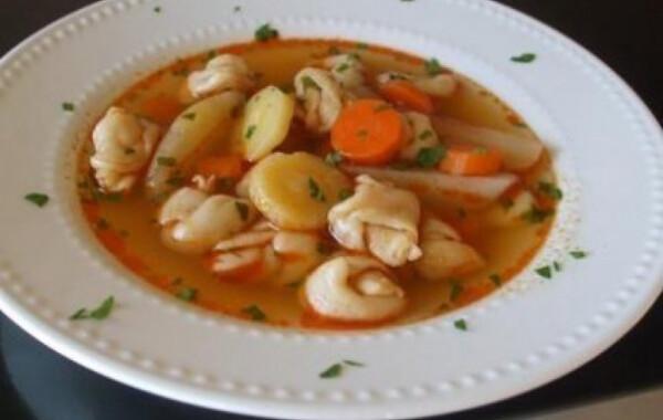 Kötött-tészta leves