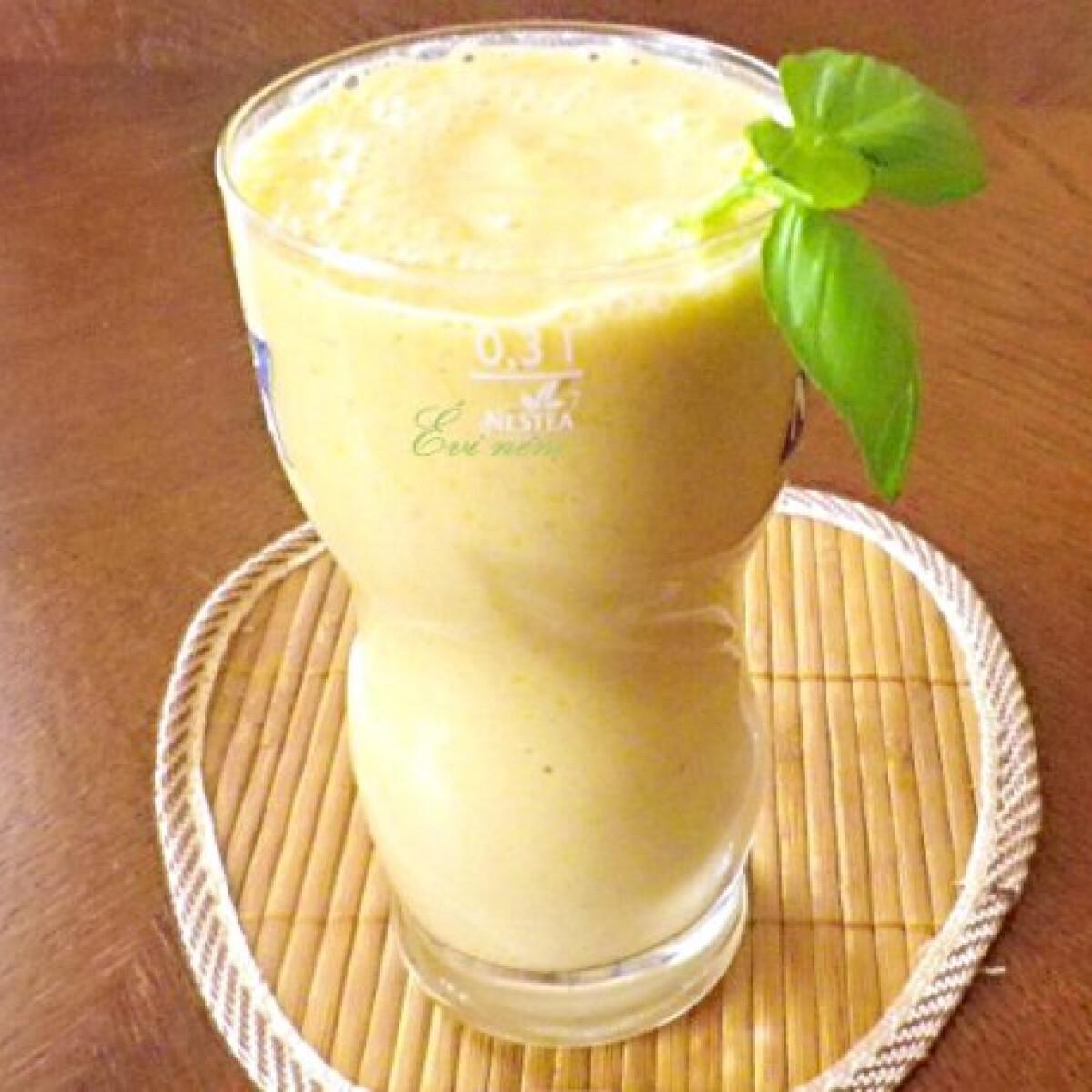 Ezen a képen: Mangó shake