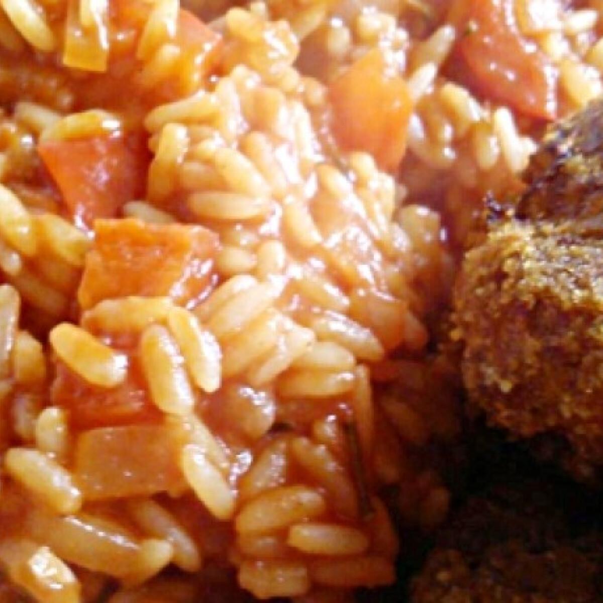 Ezen a képen: Paradicsomos-paprikás rizs