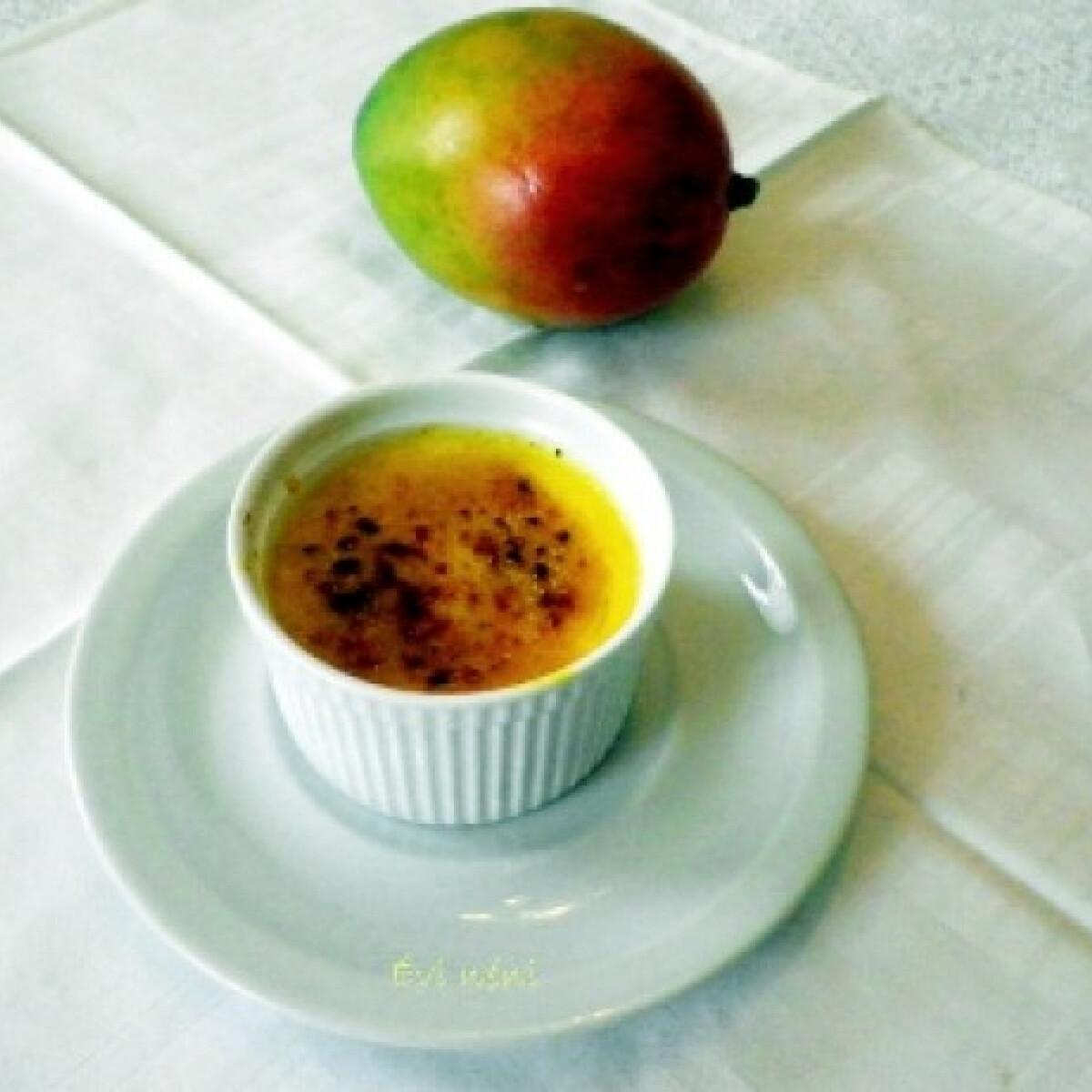 Ezen a képen: Mangós créme brulée