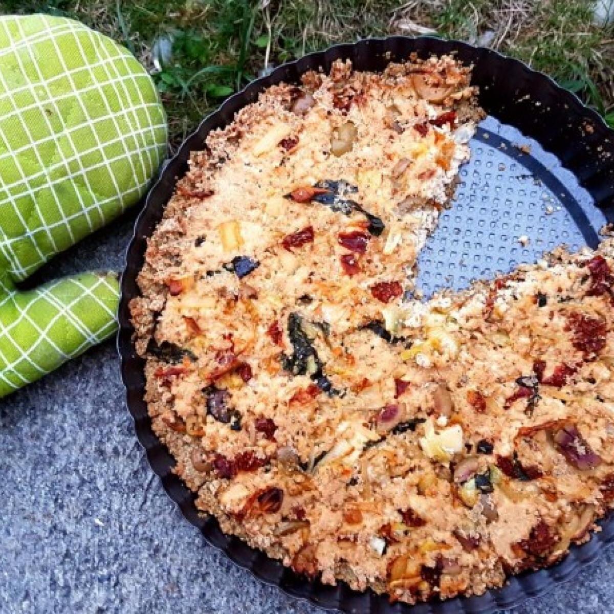 Ezen a képen: Vegán mediterrán quiche