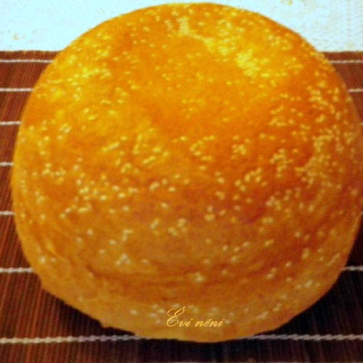 Ezen a képen: Óriás hamburger