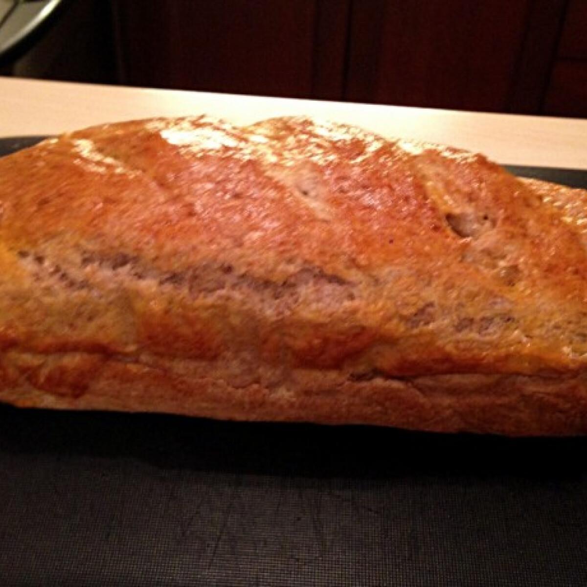Ezen a képen: Zabkorpás teljes kiőrlésű kenyér