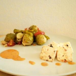 Grillezett sajt chilis mogyorómártással