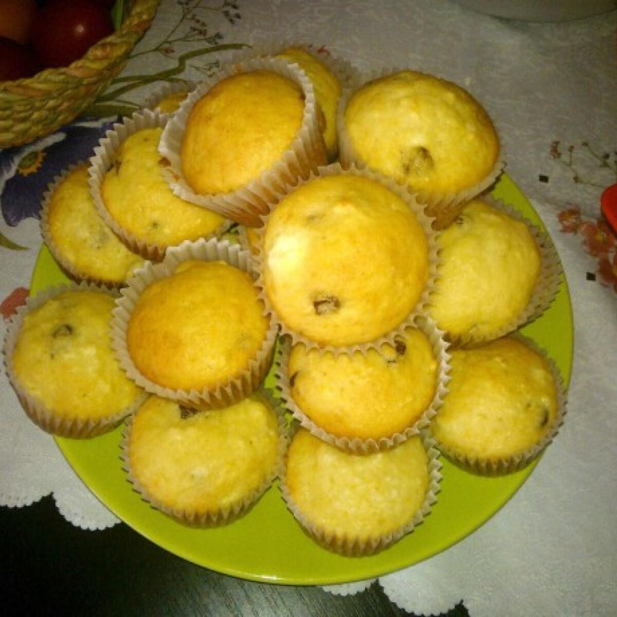 Túrós mazsolás muffin Brigitől