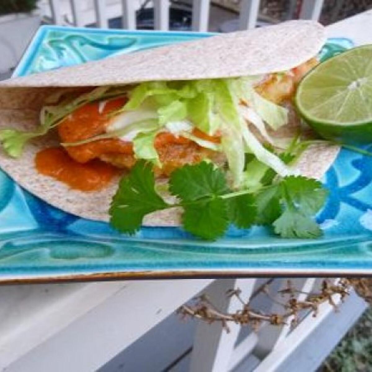 Ezen a képen: Halas taco