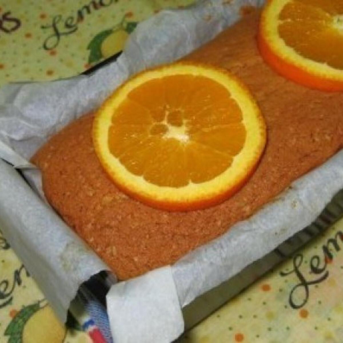 Ezen a képen: Bolo de Laranja,  azaz narancsos süti