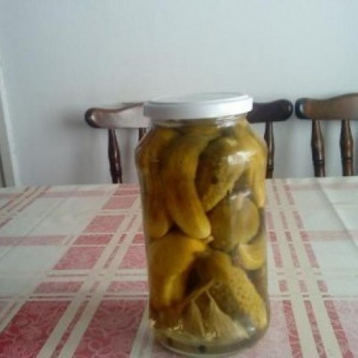 Ezen a képen: Zelleres csemege uborka télire