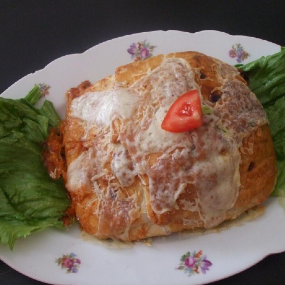 Ezen a képen: Karaj pizzás leveles tésztában