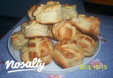 Ezen a képen: Padlizsánkrémes pogácsa