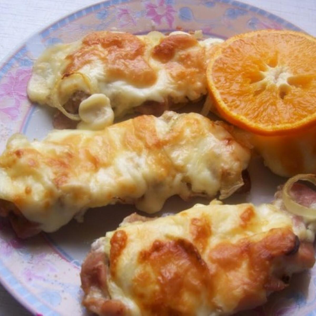 Ananásszal rakott csirkehús