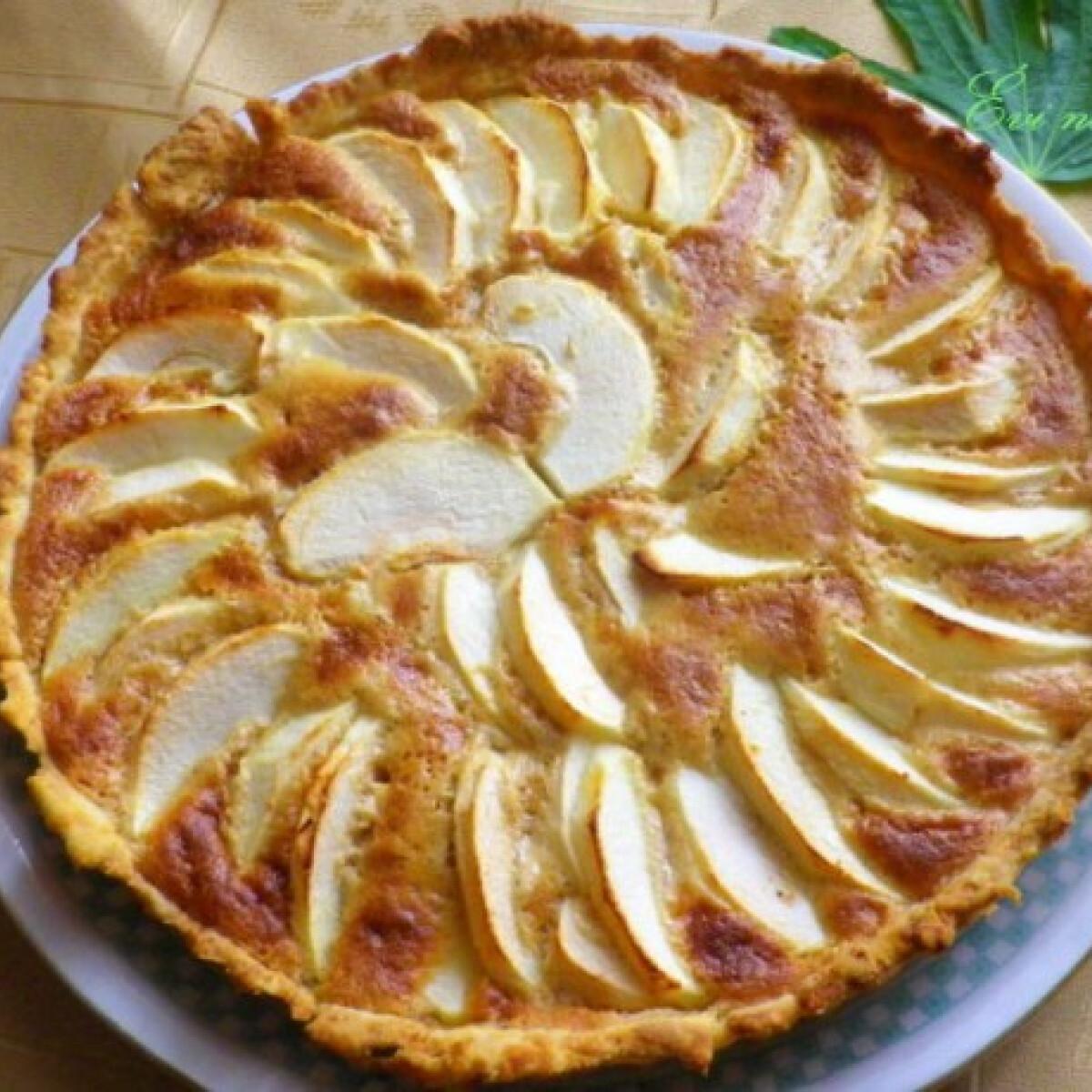 Ezen a képen: Mascarponés almás pite