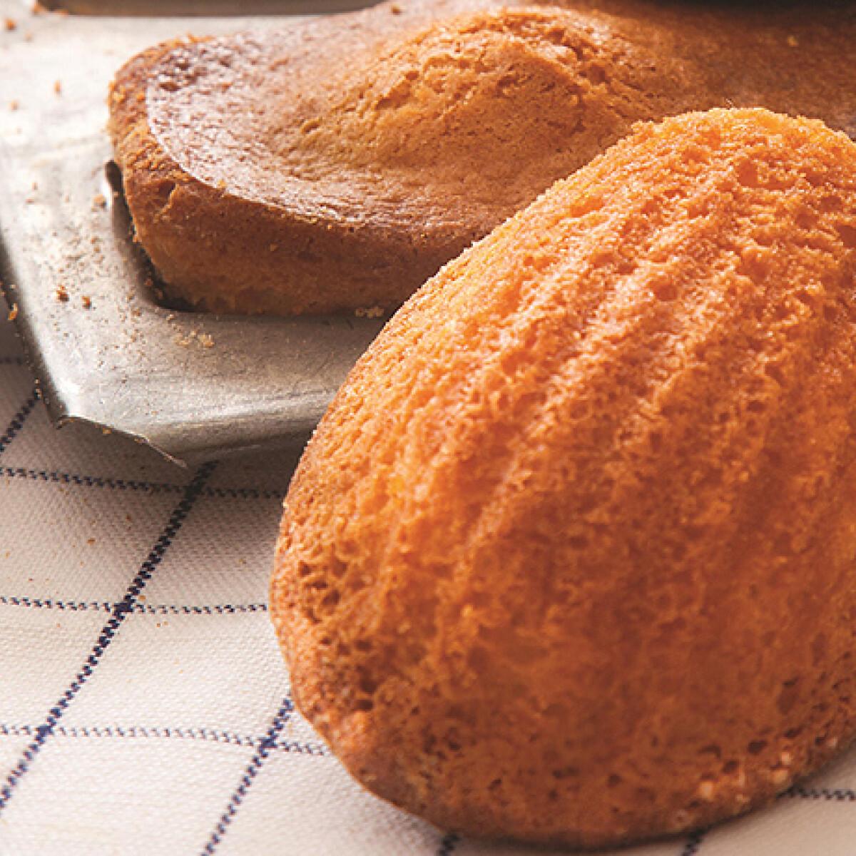 Ezen a képen: Madeleine sütemény