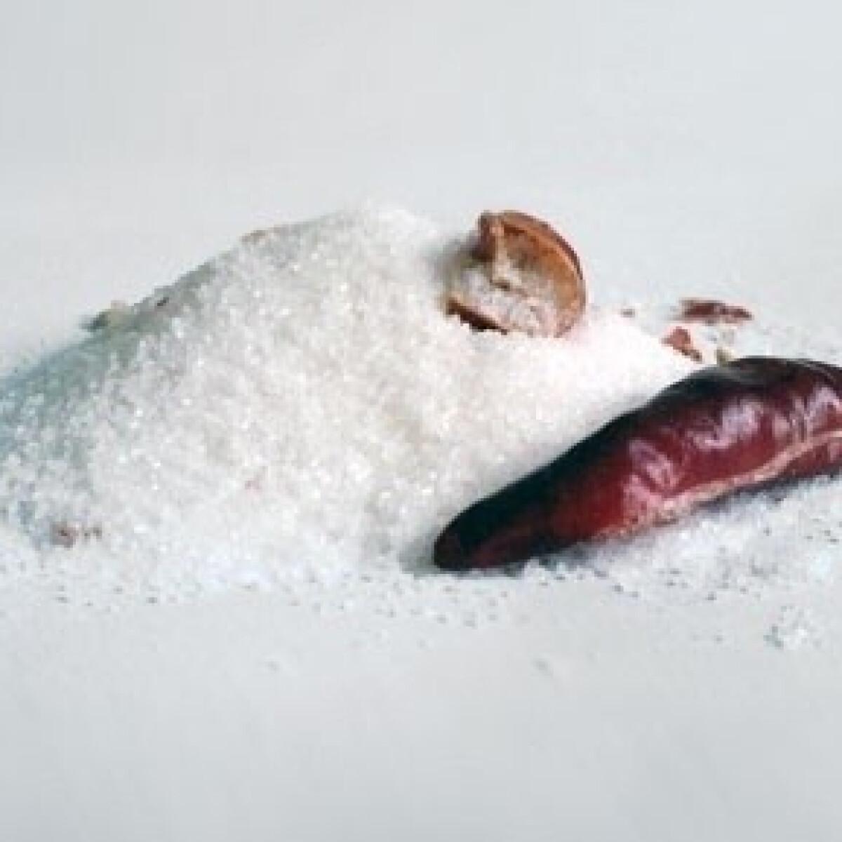 Ezen a képen: Chilis só