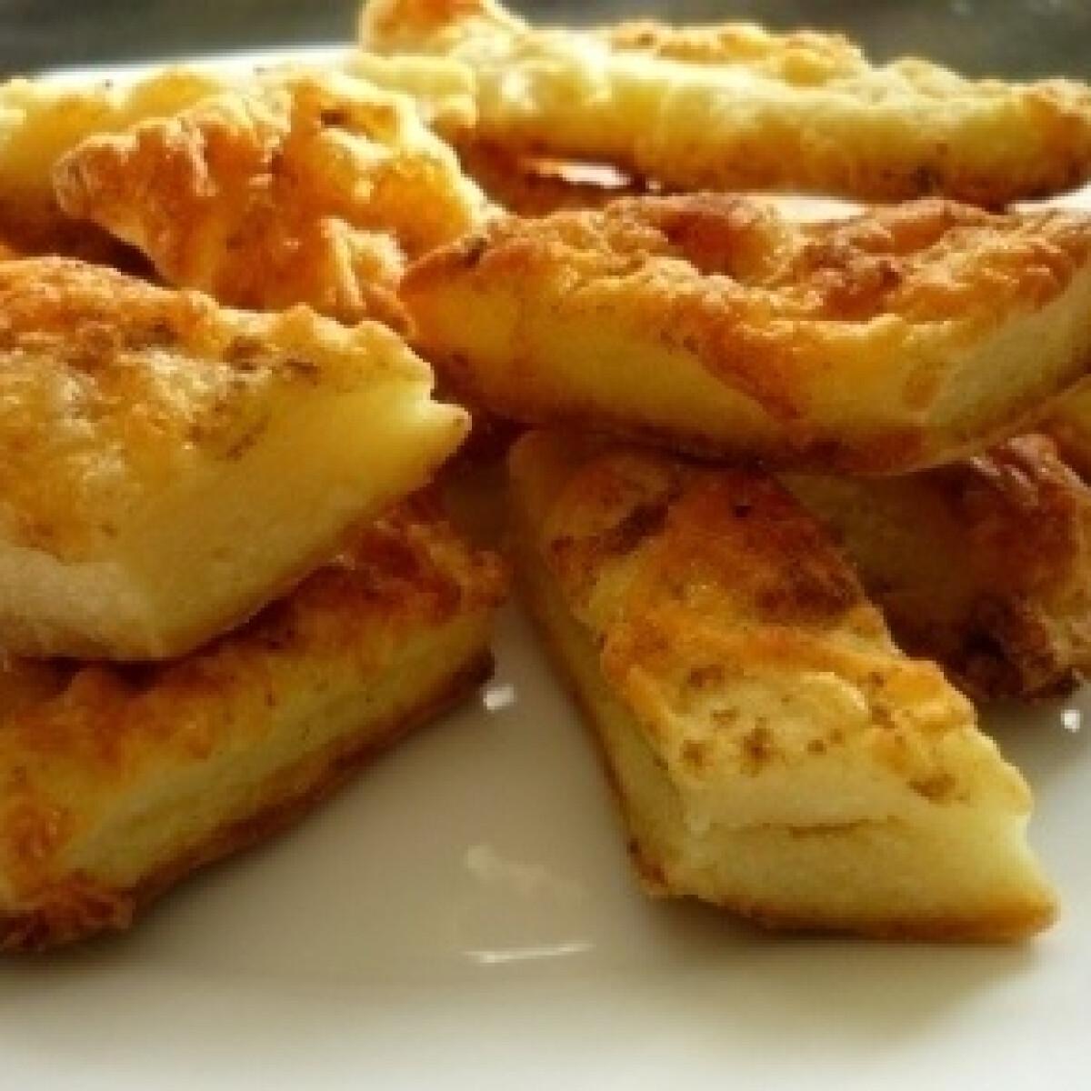Ezen a képen: Túrós-sajtos rudak