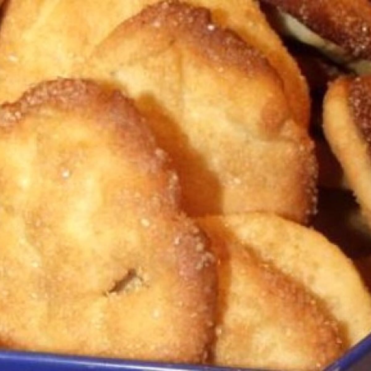Ezen a képen: Citromos vajas keksz kevés mosogatnivalóval