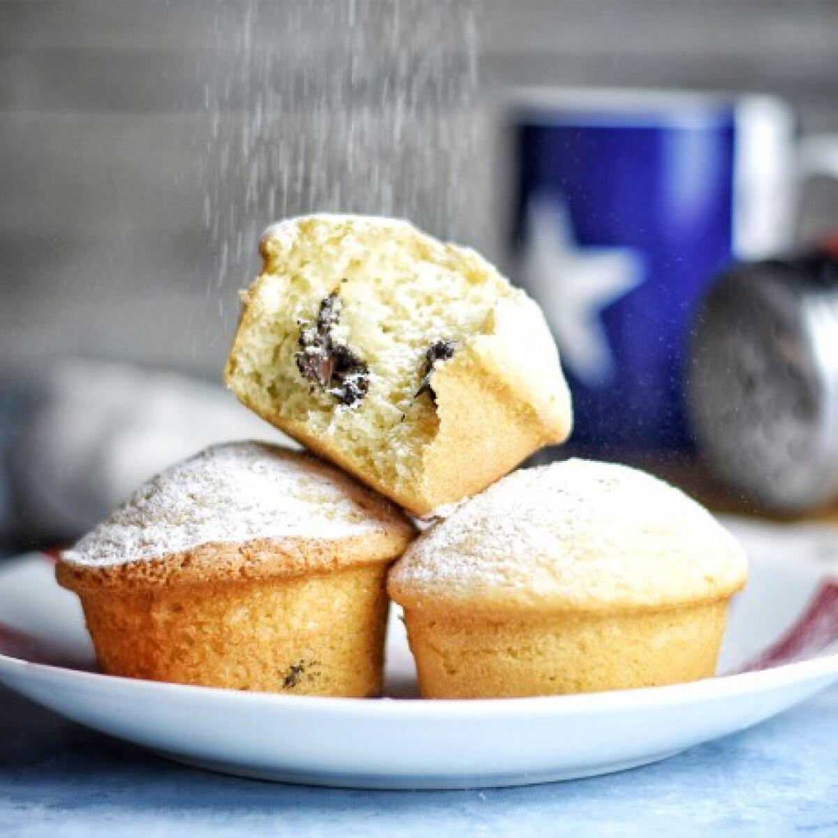 Ezen a képen: Gyors csokis muffin