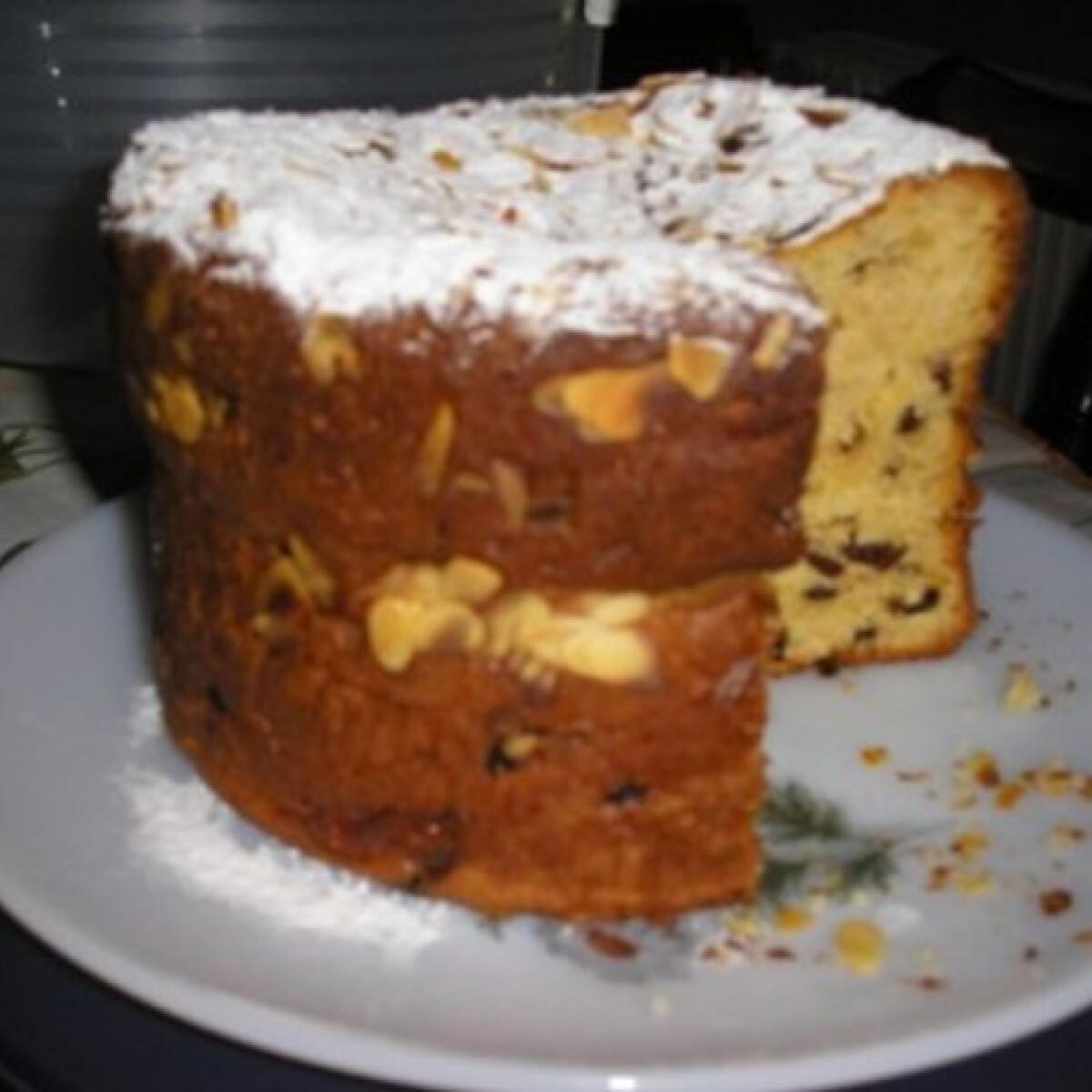 Ezen a képen: Panettone Zsuzsamama konyhájából