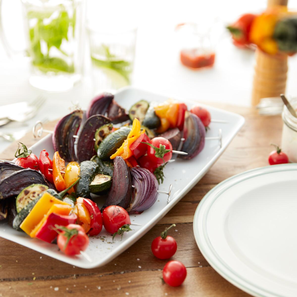 Ezen a képen: Szivárványos zöldségnyárs Philips Airfryerben készítve