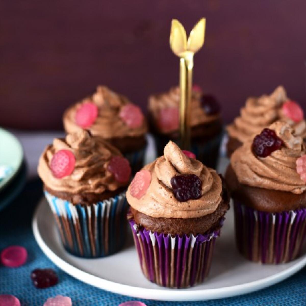 Kakaós cupcake csokihabbal