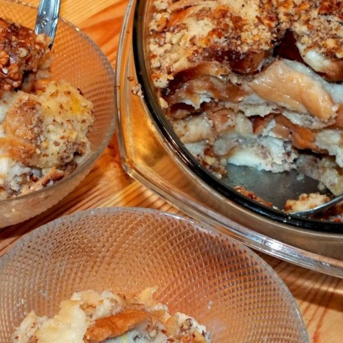 Ezen a képen: Diós guba SüniSüti konyhájából