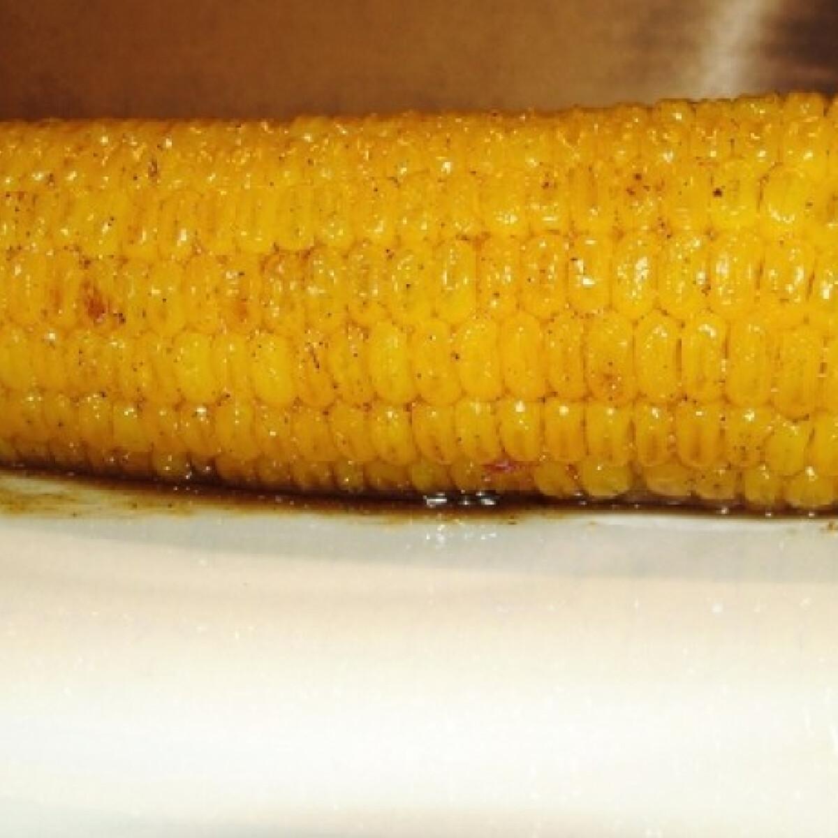 Ezen a képen: Pácolt-grillezett kukorica