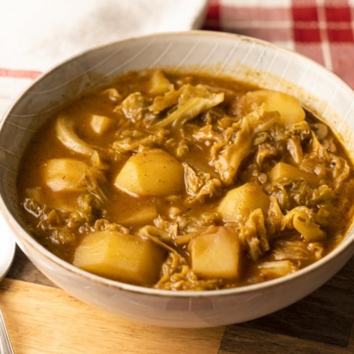 Ezen a képen: Kelkáposzta-főzelék