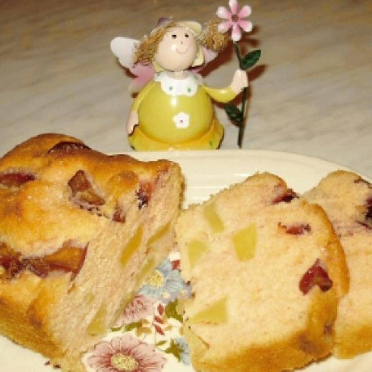 Ezen a képen: Almás-szilvás süti Boszi konyhájából