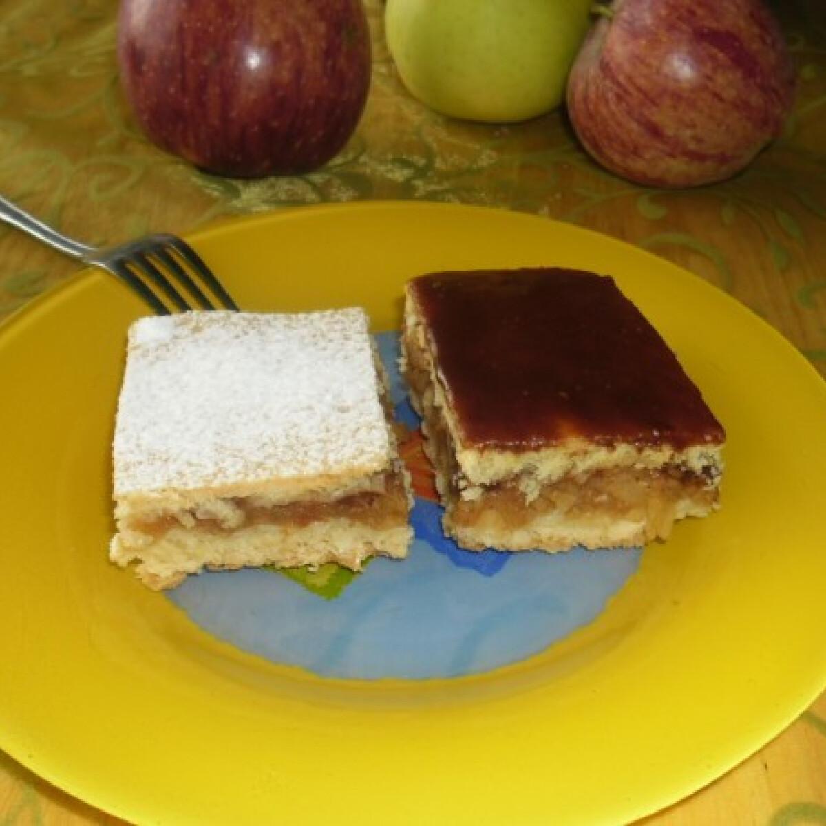 Ezen a képen: Margit almás pitéje