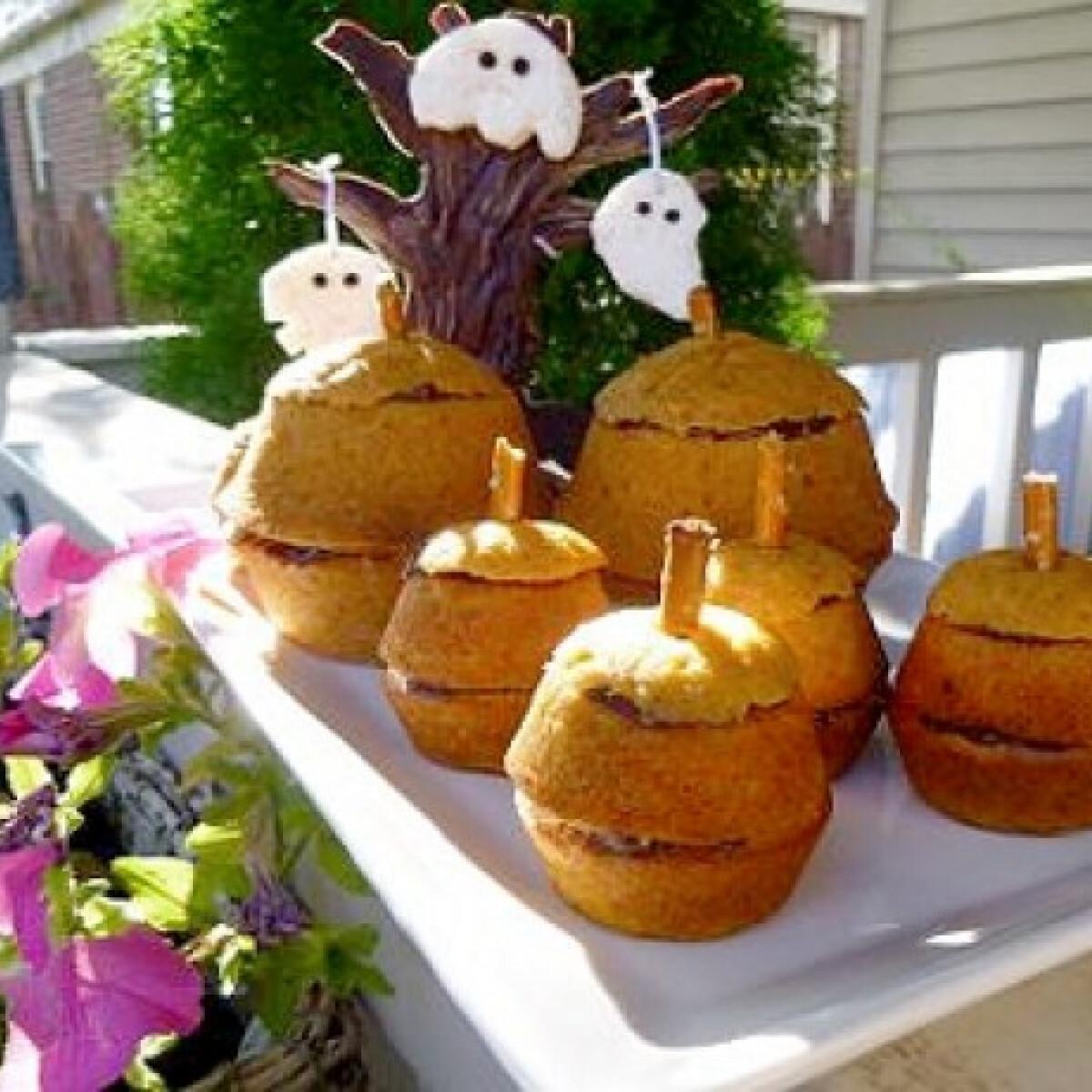 Ezen a képen: Sütőtök muffin Halloweenra