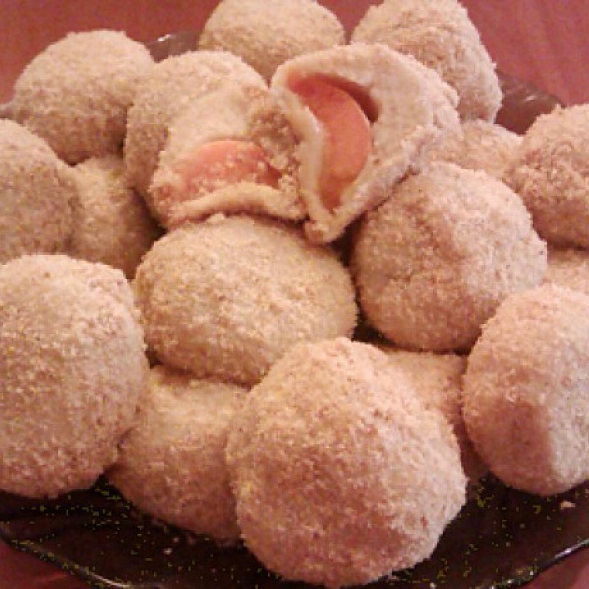 Ezen a képen: Sárgabarackos gombóc Annamo konyhájából