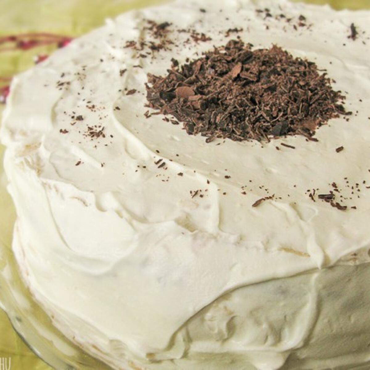 Ezen a képen: Rusztikus diplomata torta