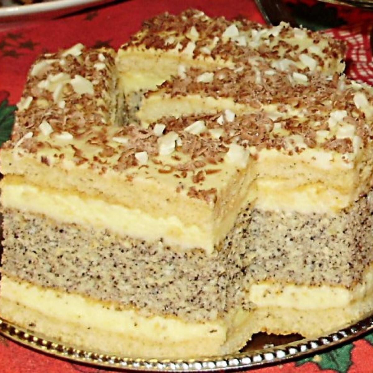 Ezen a képen: Francia mákos krémes Ildikó konyhájából