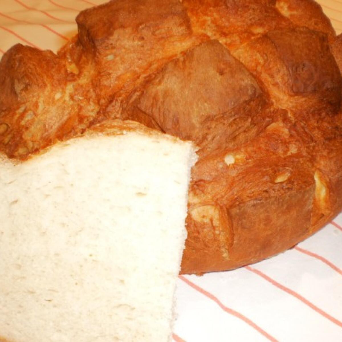 Ezen a képen: Kockás burgonyás kenyér