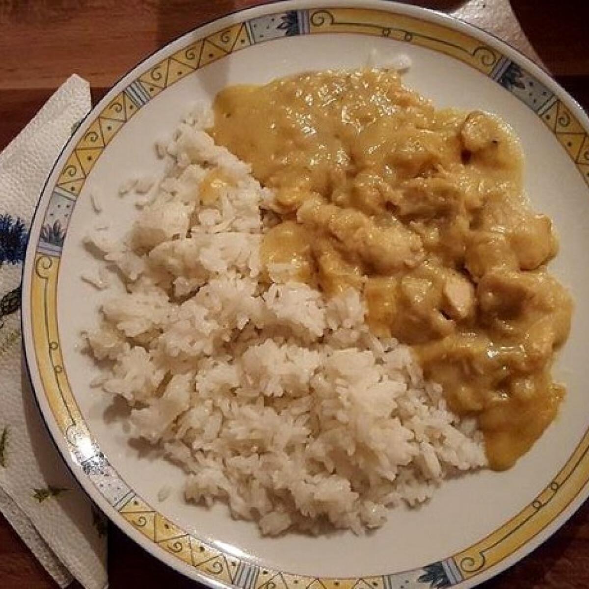 Ezen a képen: Mézes-mustáros csirke Pferschy Dóritól