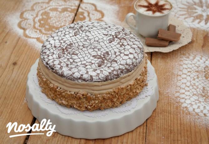 Ezen a képen: Karamellkrém-torta