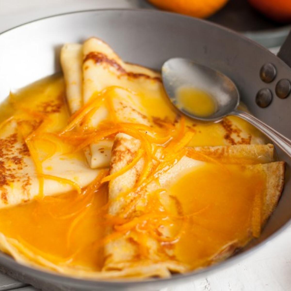 Ezen a képen: Narancsos palacsinta - Crêpe Suzette