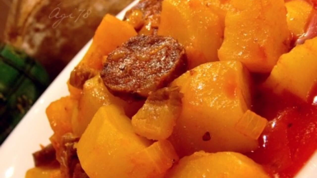 Majorannás paprikás krumpli szalonnával