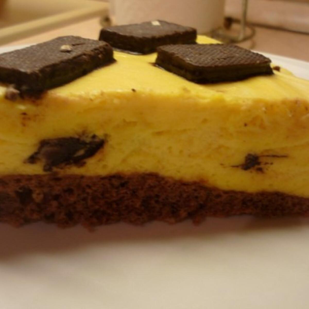 Ezen a képen: Főzött krémes-nápolyis-piskótás süti